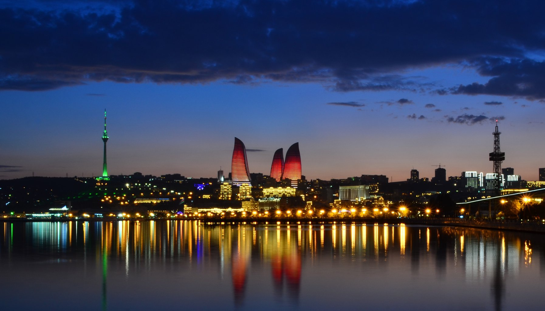 Baku_Flame_Towers(1)
