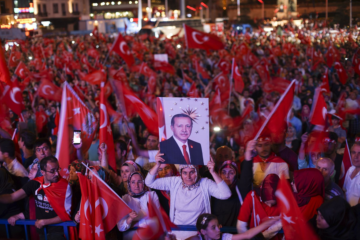 post-coup-2016-Istanbul.jpg